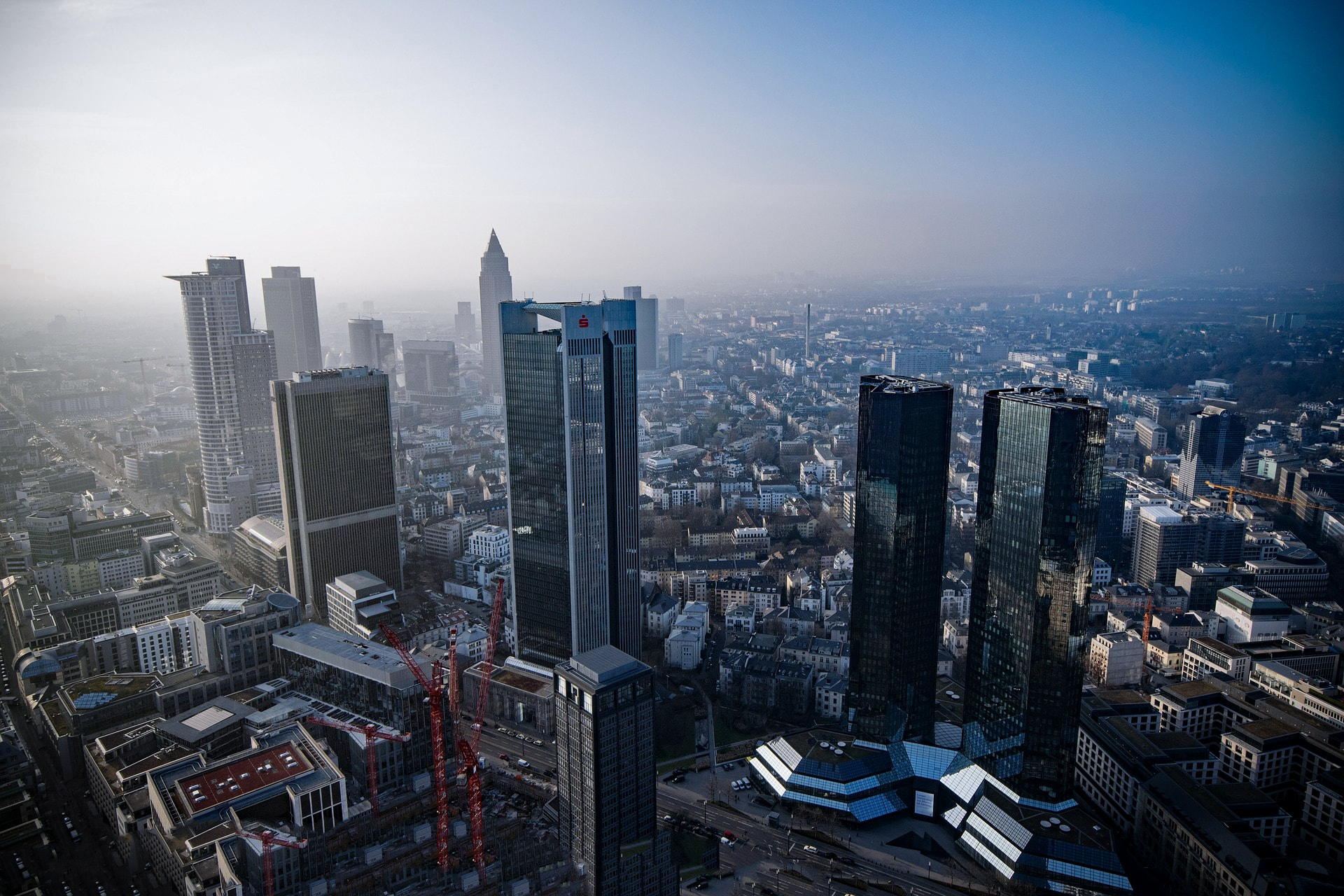 Frankfurter Skyline | Business Chauffeur Frankfurt